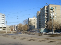 Новосибирск, улица Гоголя, дом 184. многоквартирный дом