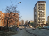 Novosibirsk, 25 Let Oktyabrya st, house 9. Apartment house