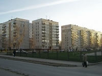 Novosibirsk, 25 Let Oktyabrya st, house 11. Apartment house
