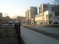 Новосибирск, улица 25 лет Октября, дом 14/2. магазин