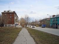 Новосибирск, улица Аэропорт, дом 51. многоквартирный дом