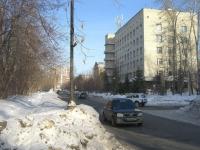 Новосибирск, улица Театральная, дом 46. стоматология