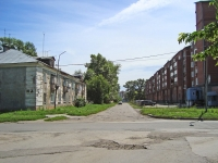 Novosibirsk, st Anikin, house 25. Apartment house