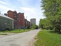 Новосибирск, улица Обогатительная, дом 4. многоквартирный дом