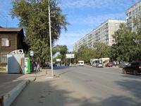 Новосибирск, улица Никитина, дом 70. многоквартирный дом