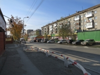 Новосибирск, улица Никитина, дом 13. многоквартирный дом