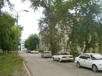 Novosibirsk, st Dekabristov, house 72. Apartment house