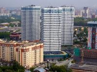 Новосибирск, улица Лескова, дом 21. многоквартирный дом