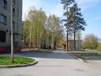 Новосибирск, Бассейный переулок, дом 6. многоквартирный дом