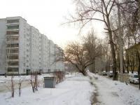 Новосибирск, улица Российская, дом 17. многоквартирный дом