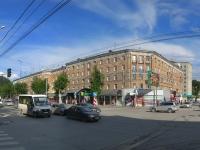 Новосибирск, Дзержинского проспект, дом 18. многоквартирный дом