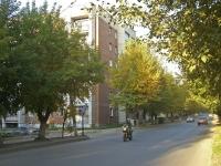 Новосибирск, улица Весенняя, дом 2. многоквартирный дом