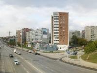 Новосибирск, улица Линейная, дом 27. многоквартирный дом