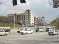 Новосибирск, улица Большевистская, дом 43. многоквартирный дом