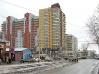 Новосибирск, улица Кирова, дом 108. многоквартирный дом
