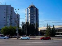 Новосибирск, улица Кирова, дом 44/2. многоквартирный дом