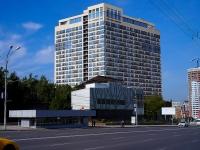 Новосибирск, улица Кирова, дом 32. многоквартирный дом