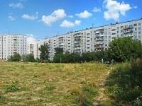 Novosibirsk, st Garanin, house 25. Apartment house