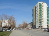 Новосибирск, улица Добролюбова, дом 18/1. многоквартирный дом