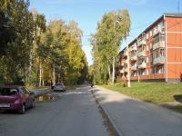 Новосибирск, проезд Весенний, дом 4. многоквартирный дом