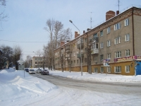 Новосибирск, улица Ветлужская, дом 2. многоквартирный дом