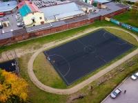 Новосибирск, улица Владимировская. спортивная площадка Футбольное поле
