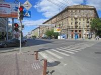 Новосибирск, улица Вокзальная магистраль, дом 19. многоквартирный дом