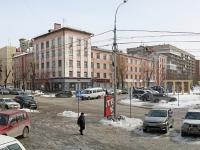 Новосибирск, улица Ленина, дом 17. многоквартирный дом