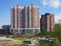 """Новосибирск, улица Галущака, дом 2. многоквартирный дом """"Два капитана"""""""