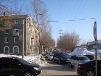 Новосибирск, улица Залесского, дом 16. многоквартирный дом