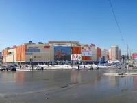 """Новосибирск, торгово-развлекательный центр """"Аура"""", улица Военная, дом 5"""