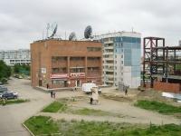 Новосибирск, улица Высоцкого, дом 9. магазин