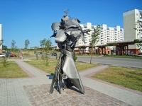 Новосибирск, улица Высоцкого. скульптура Памяти Татьяны Снежиной