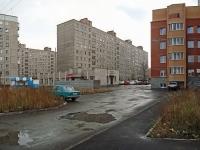 Новосибирск, улица Героев Революции, дом 32/1. многоквартирный дом