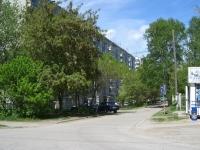 Novosibirsk, st Ivanov, house 33. Apartment house