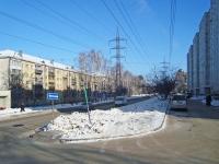 Novosibirsk, st Ivanov, house 39. Apartment house