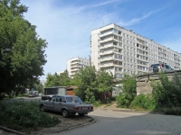 Novosibirsk, st Koshurnikov, house 18. Apartment house