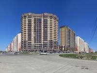 Новосибирск, улица Гребенщикова, дом 1. многоквартирный дом