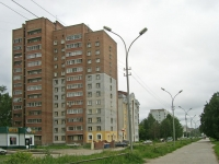 Novosibirsk, st Petukhov, house 90/1. Apartment house