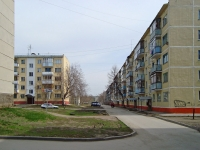 Novosibirsk, st Dinamovtsev, house 9. Apartment house