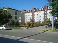 Новосибирск, улица Державина, дом 4. многоквартирный дом