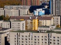 Новосибирск, улица Державина, дом 61. многоквартирный дом