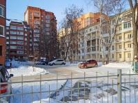 Новосибирск, улица Ленинградская, дом 111. многоквартирный дом