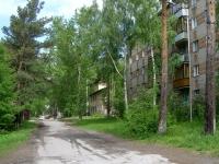 Новосибирск, улица Грунтовая, дом 12. многоквартирный дом