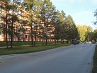 Новосибирск, улица Жемчужная, дом 2. многоквартирный дом