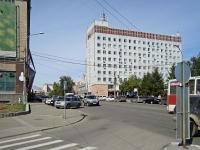 Новосибирск, улица Серебренниковская, дом 34. офисное здание