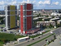 Новосибирск, улица Ипподромская, дом 75. многоквартирный дом