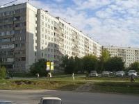 Novosibirsk, st Kropotkin, house 118. Apartment house