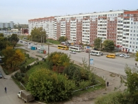 Novosibirsk, st Komsomolskaya, house 4. Apartment house