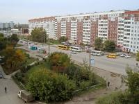 Новосибирск, улица Комсомольская, дом 4. многоквартирный дом